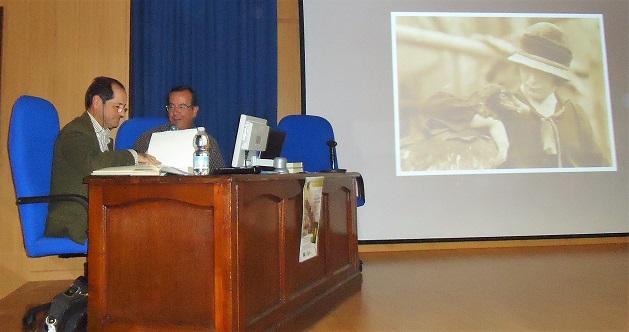 José Manuel Amarillo y Javier Hidalgo, durante la presentación del libro.