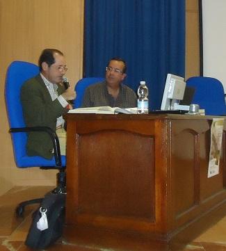 Javier Hidalgo, junto a José Manuel Amarillo, durante la presentación del libro.