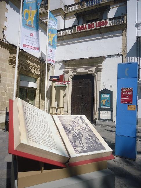 Entrada a la Feria del Libro de Jerez.