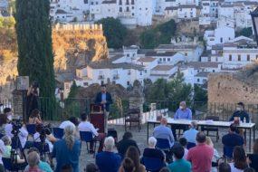 Presentación del libro en el Mirador Setenil 1484 (Parque del Carmen).